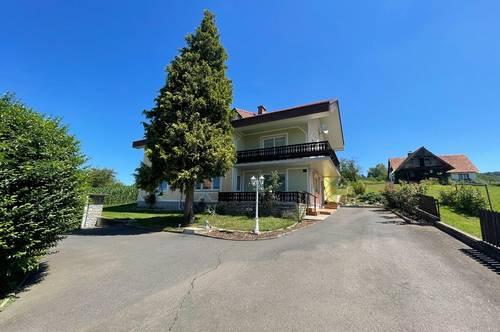 Schönes Zweifamilienhaus mit Baugrundstück in Burgfried/Gnas