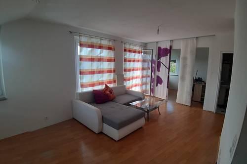 2 1/2 - Zimmer-Wohnung mit 2 Balkone zum Grillen und Chillen
