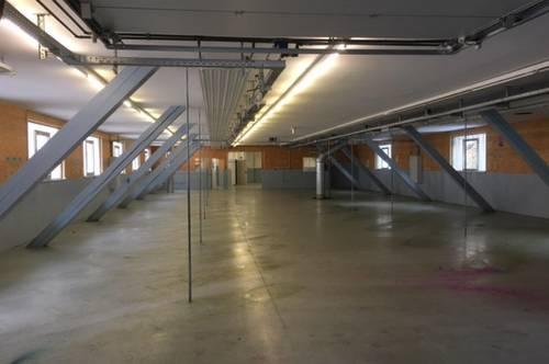 K3 - Lagerflächen von 100 m2 bis 600 m2, zentrale Lage in Mondsee !!!