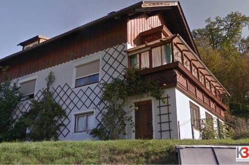 K3! EINZIEHEN UND WOHLFÜHLEN. Zweifamilienwohnhaus in sehr guter und ruhiger Lage mit Panoramablick und vielen Extras. Sehr gute Anlage, guter Preis!
