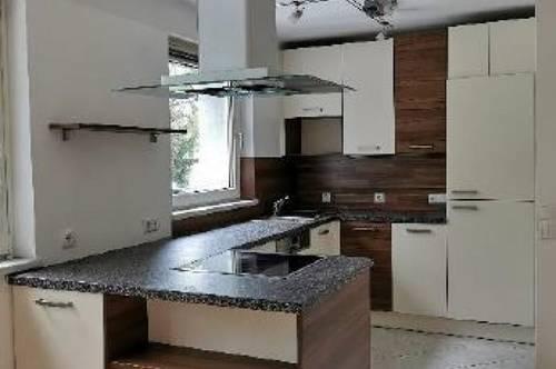 Wals! Liebevoll sanierte, modernisierte Wohnung mit 2 Schlafzimmern und Garten zu vermieten!!!