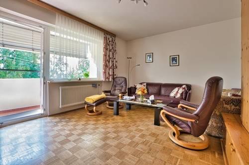 Nur für Anleger!!!! - Vermietete Familienwohnung im 2.OG mit Loggia