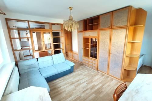 Helle 1,5-Zimmer-Wohnung mit Garten und Sicht auf die Weinberge