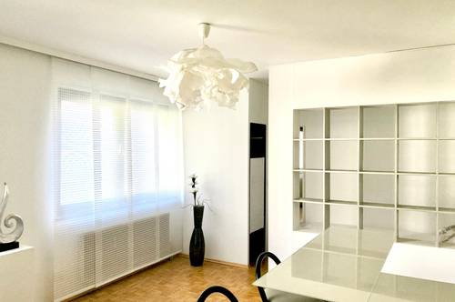 Designer Studio Wohnung - Neu renoviert inclusive Tiefgarage