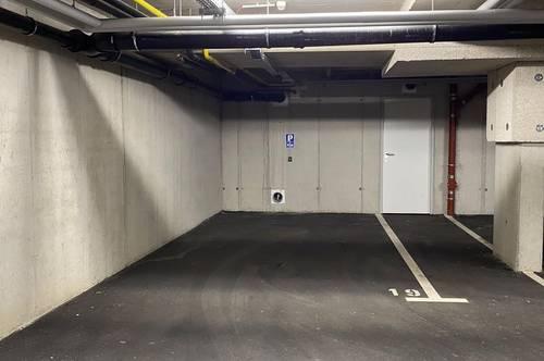 Großzügiger Tiefgaragenabstellplatz mit Lagerraum zu verkaufen!