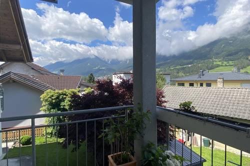 4-Zimmer-Wohnung mit Balkon und 2 Autoabstellplätze in Traumlage!