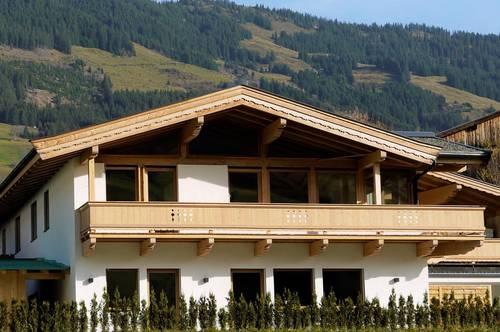 Sonnige 5-Zimmer-Dachgeschosswohnung mit großem Freisitz