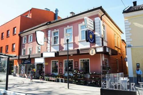 2 Zinshäuser (5 % Rendite) direkt am Stadtplatz neben Konditorei Kastner in Bad Leonfelden zu verkaufen