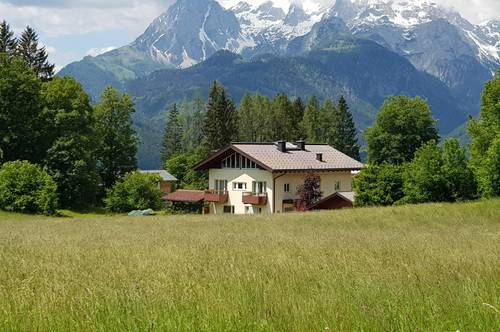 Edles Wohnhaus im Grünen und doch zentral