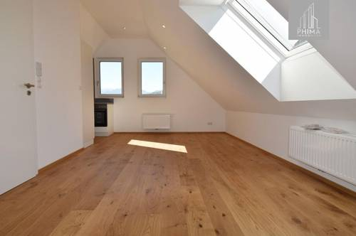 Frisch saniert! 3-Zimmer Dachgeschosswohnung