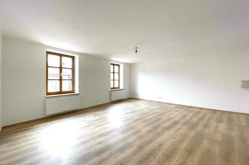Provisionsfrei für den Mieter   Modern Living mit Altstadtcharme - Geräumige Starterwohnung für Alleine oder zu Zweit