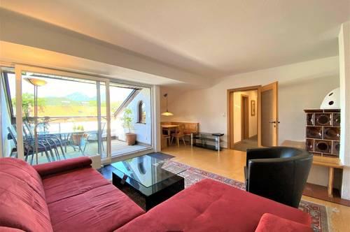 4-Zimmer-Dachgeschoßwohnung mit Westterrasse und KFZ-AP beruhigter Wohnlage