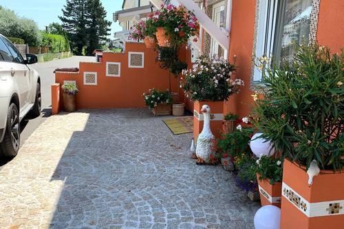 Moderne Doppelhaus in Teesdorf neben Baden nur 25 km von Wien entfernt. Privat. Ohne Makler!