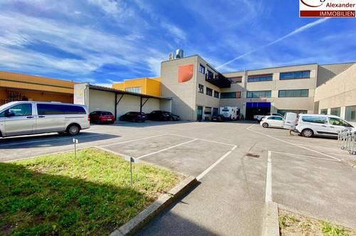 Firmensitz- 5 getrennt begehbare Räume- Allgemeinflächen- Parkplätze im Innenhof möglich!