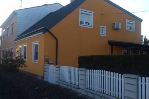 Neuer Preis! Top Einfamilienhaus mit wündeschönem Garten
