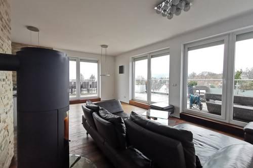Design Penthouse mit 134m² Terrasse, Whirlpool, Sauna und herrlichem Fernblick