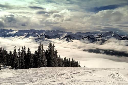 Exquisite Chalets in den Kitzbühler Alpen