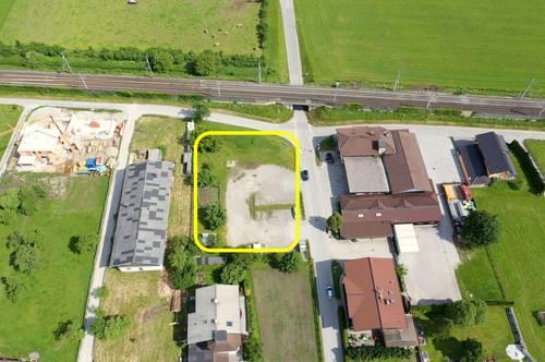 Lukratives Mischgebiet für Bauträger und Unternehmer im Ortseingang Radfeld