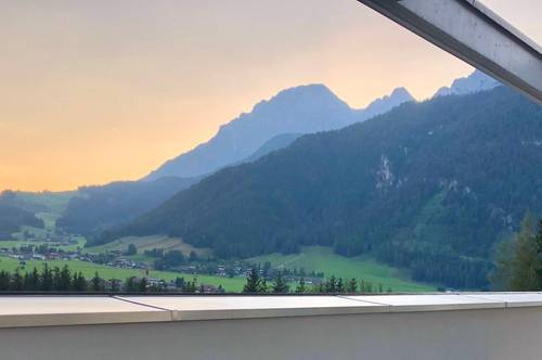 Erstbezug: Loftartiges Penthouse,  voll möbliert,  mit Traumausblicken und 50 qm Dachterrasse  in Saalfelden-Leogang