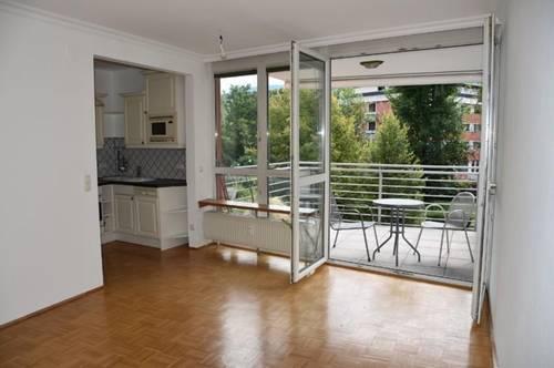 Provisionsfreie, schöne u. ruhige 2 Zi-Whg. mit Balkon u. TG