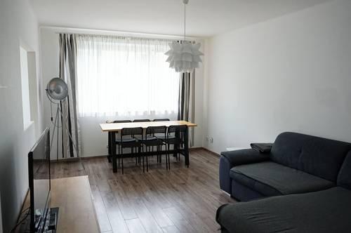 Stadtnahe 3-Zimmer- Wohnung mit Loggia: Freundliche und zentral begehbare Eigentumswohnung im Stadtteil Lehen