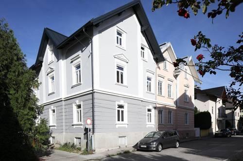 Exklusive 3-Zimmer-Dachgeschosswohnung in Stadtvilla