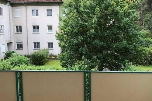 ** provisionsfrei ** Geräumige 4-Zimmer Wohnung in ruhiger Lage, ideal für Familien geeignet!