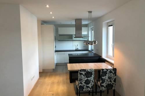 Top renovierte Wohnung in Grünruhelage
