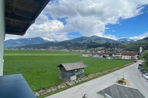 Kolsass: Helle Terrassenwohnung mit Weitblick zu vermieten