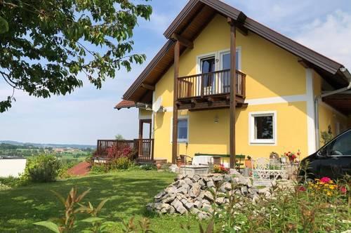 Wohnen mit atemberaubender Aussicht am Kraxenberg