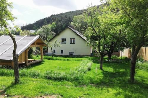 Einfamilienhaus-Traum in Grünruhelage nahe bei Wien!
