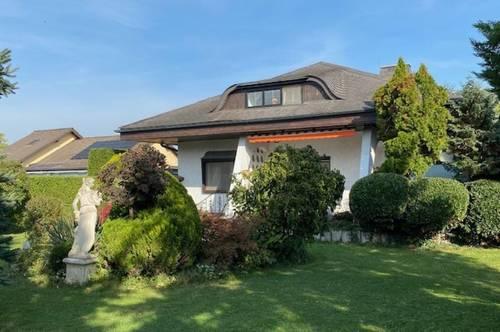Wohnen und Arbeiten unter einem Dach? Oder geräumige moderne Villa? Hier ist alles möglich!