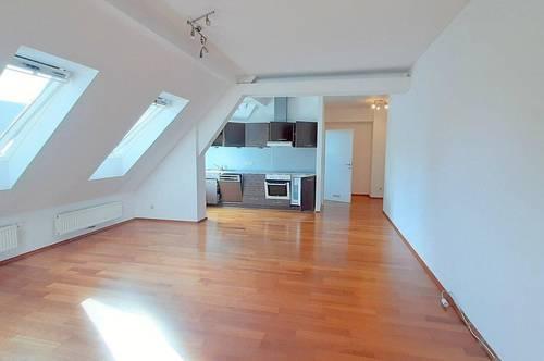 Wunderschöne, sonnendurchflutete 2-Zimmerwohnung im Herzen von Stainz!