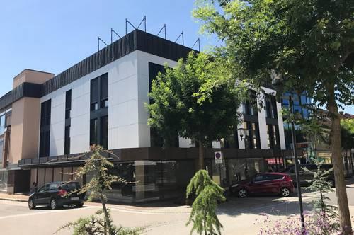 Althofen TOP-LAGE: Cityhotel / Shoppingcenter / Büro- oder Ärztehaus / Multifunktionales Gebäude Typ: Cityhotel - Geschäftshaus – Shoppingcenter – Bürohaus – Ärztehaus