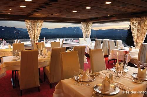 Charmantes Hotel mit Blick über das Rheintal und den Bodensee