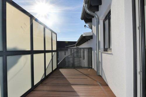 Einzigartige 4-Zimmerwohnung mit großer Terrasse! Bezugsfertig! Willkommen Zuhause!