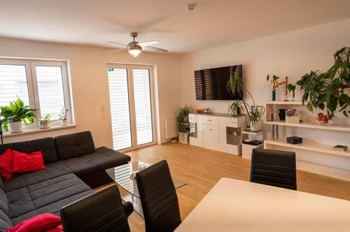 Provisionsfrei! Neuwertige, barrierefreie, 3-Zimmer Wohnung in familienfreundliche Grünlage. Sofort beziehbar!