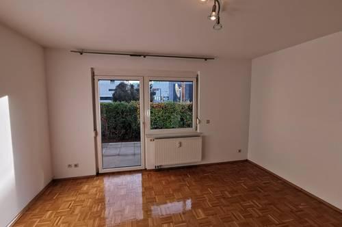 Sehr schöne renovierte 2-Zimmer Wohnung in LKH/ Campus-Nähe