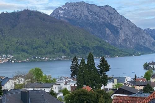 Provisionsfreie Villenwohnung mit traumhaftem See- und Traunsteinblick