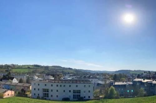 Hochwertige moderne 2-Zimmerwohnung mit Balkon im Herzen von Bad Schallerbach – ERSTBEZUG/ PROVISIONSFREI