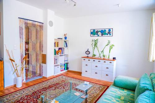 Krems: 2 Zimmer Wohnung mit Charme