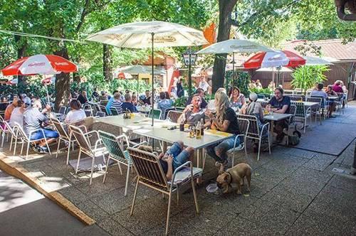 Traditionelles Alt_Wiener Gasthaus im Grünen.