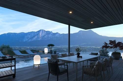 Penthousewohnung mit Seeblick und Pool
