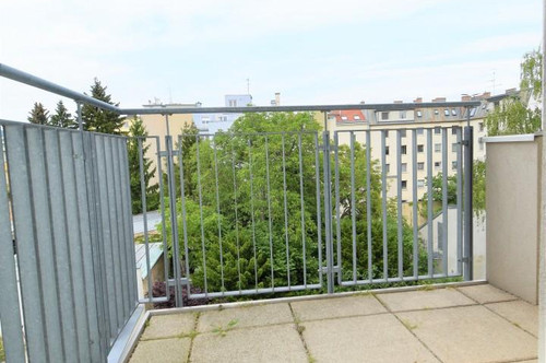 In 1190 Wien wird Ihnen eine perfekt aufgeteilte 3-Zimmer-Wohnung geboten!
