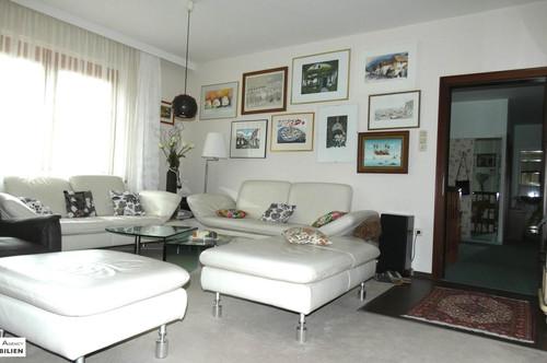 500 m2 Wohntraum für 2 Familien / Großfamilie - mit Garten, Garage, Parkplatz...