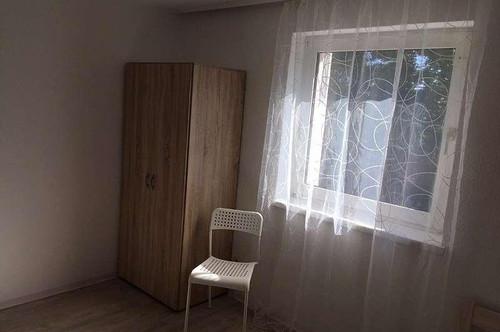 Möblierte, neu renovierte Einzelzimmer Stadtrand LINZ / St. Martin b. Traun