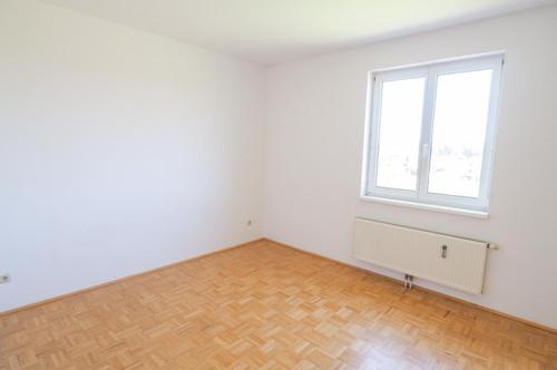 Provisionsfreie 2 ZI - Wohnung inkl. Loggia und Tiefgarage!