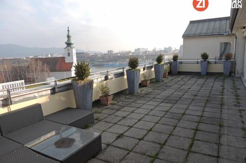 BESONDERHEIT - Exklusives Loft mit Traum-Aussicht in Linzer Traditionshaus