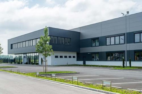 Top Gewerbeobjekt im Südpark Linz mit Lagerhalle und Büro!