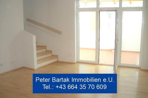 """LAXENBURG-NÄHE - """"WOHNEN WIE IM HAUS!"""" - 2-Zimmer-Maisonettewohnung mit 19m² Wintergarten - Peter Bartak Immobilien e.U."""
